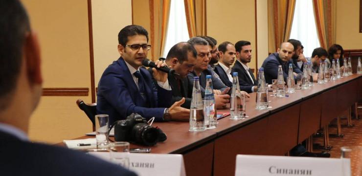 Զարեհ Սինանյանը Մոսկվայում շարունակում է հագեցած օրակարգով այցը