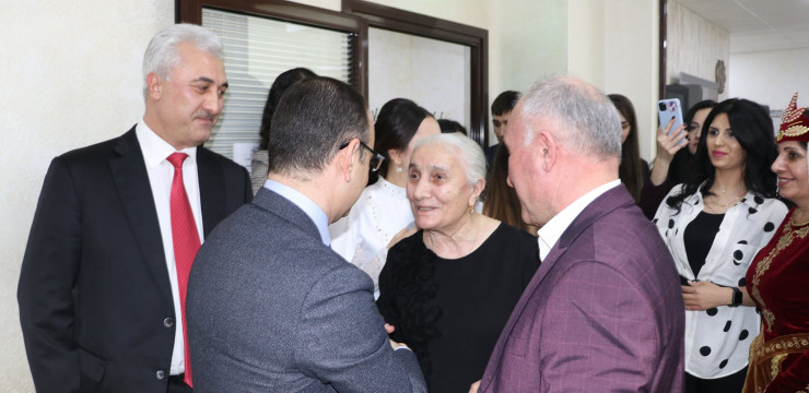 For the first time, High Commissioner Zareh Sinanyan visited the Armenian communities of Ural