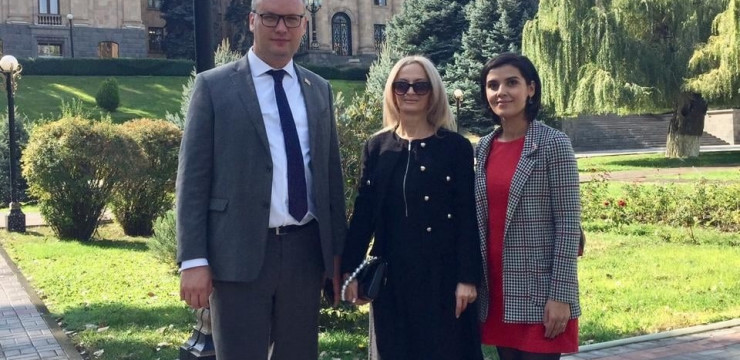 Karine Atabekyan from Russia joined Armenia's National Assembly today as part of our Office's iGorts program