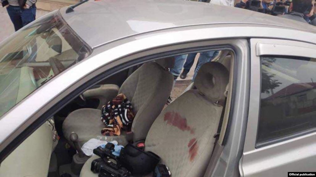 Vehicle transporting journalists targeted by Azerbaijan.